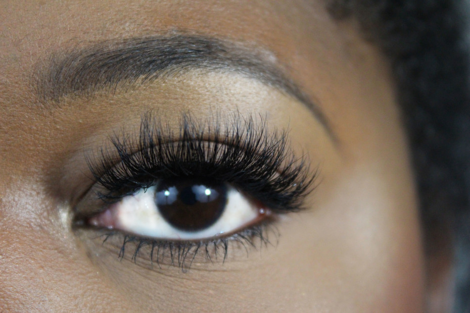 lilly lashes mykonos review
