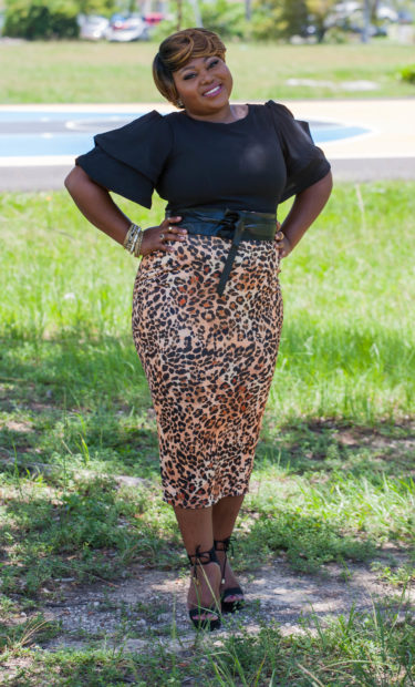 leopard print skirt outfit