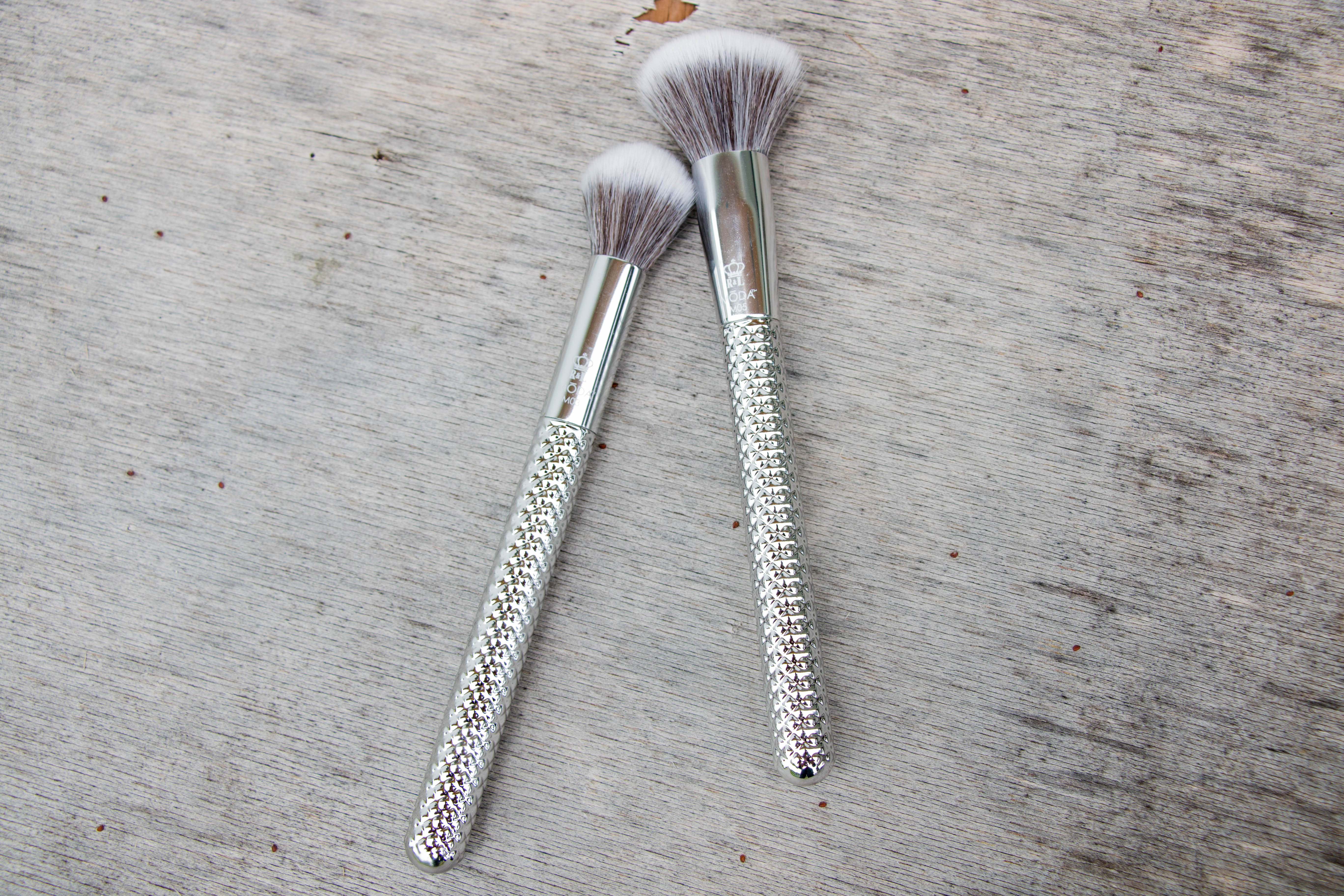 royal and langnickel moda metallics silver edition