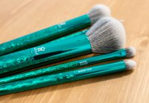 moda brushes crackle kit