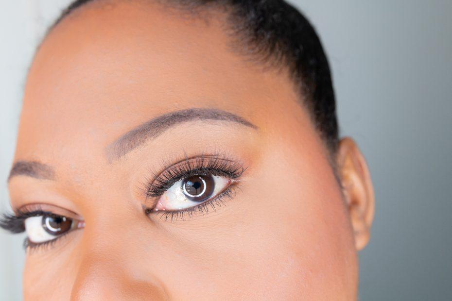 the balm cosmetics big fan lashes